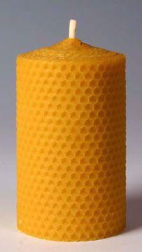 Svíčka ze včelího vosku Pleva, šíře 70mm, výška 167mm